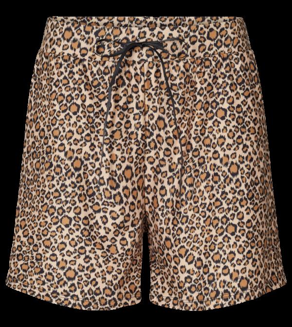 alma shorts leo3