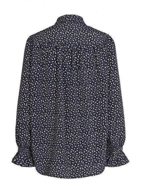 karla-shirt